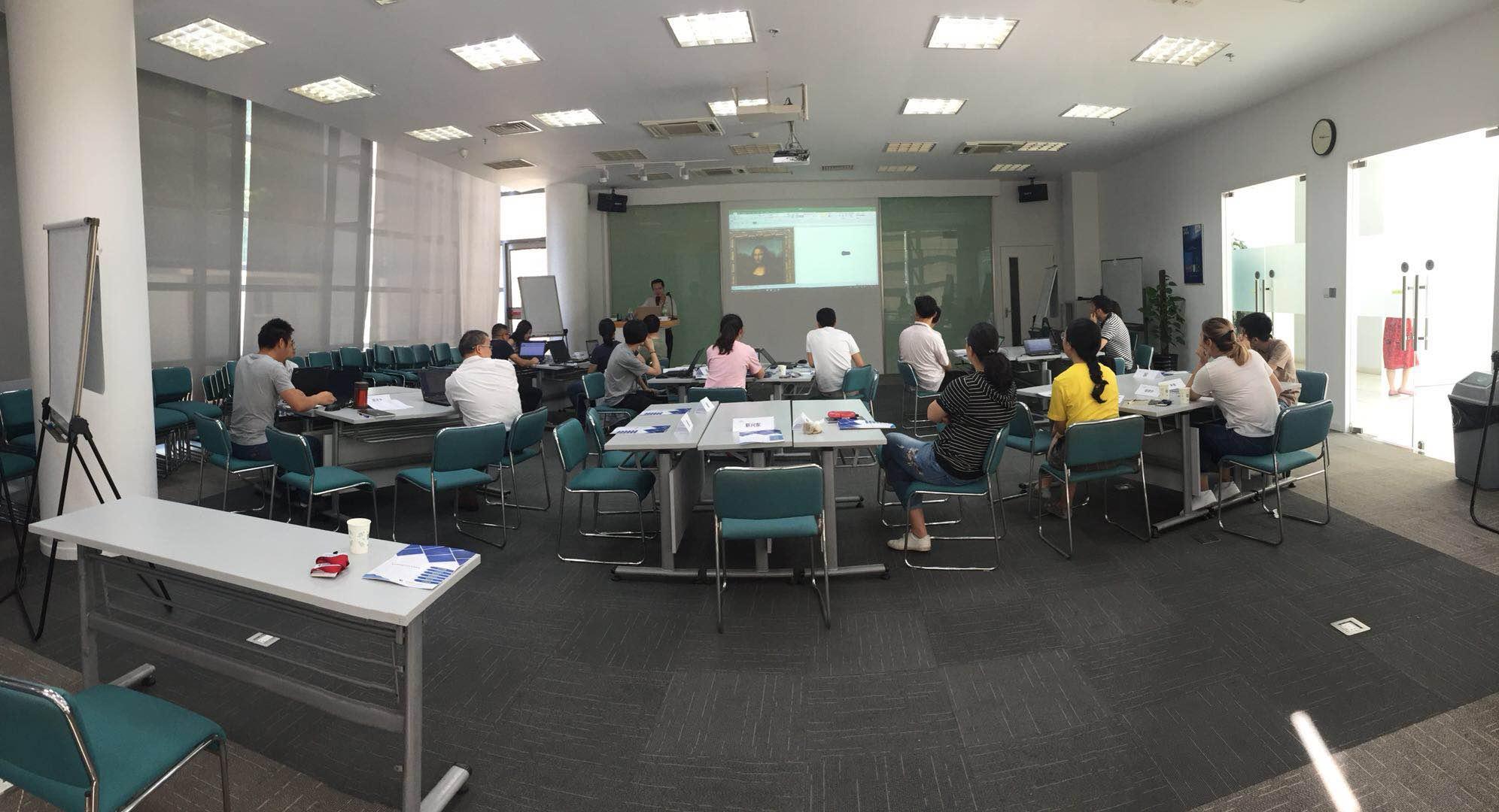 2018年6月22日四硕走进圣戈班集团提供EXCLE专家级企业级内训